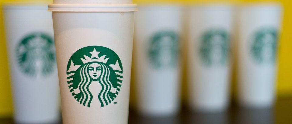 Starbucks (Ростов-на-Дону, просп. Михаила Нагибина, 32е)