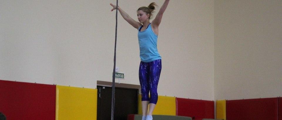 Батутно-акробатический центр Вверх (Ростов-на-Дону, просп. Сельмаш, 3)